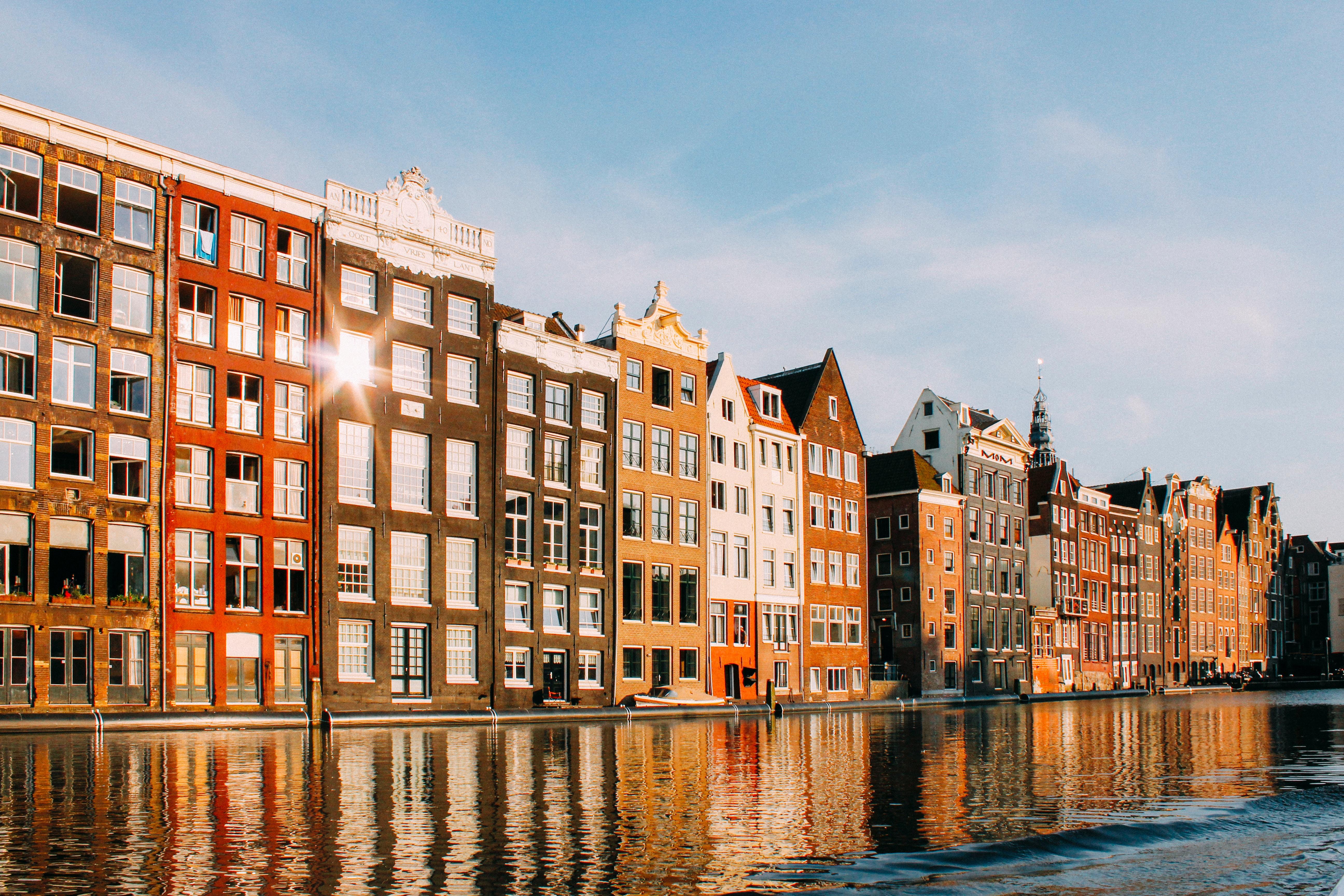 Ben je op zoek naar leuke stedentrips in het najaar in eigen land? Ga dan eens naar Amsterdam!