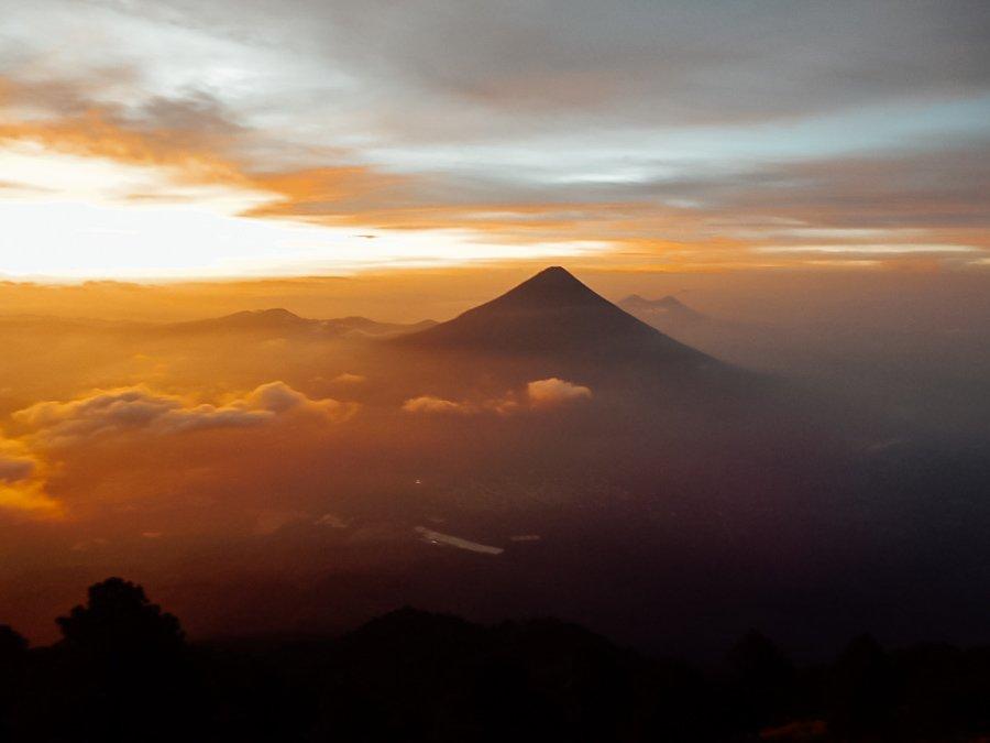 Acatenango tweedaagse hike Guatemala