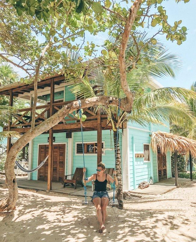 Honduras Roatan Camp Bay Lodge