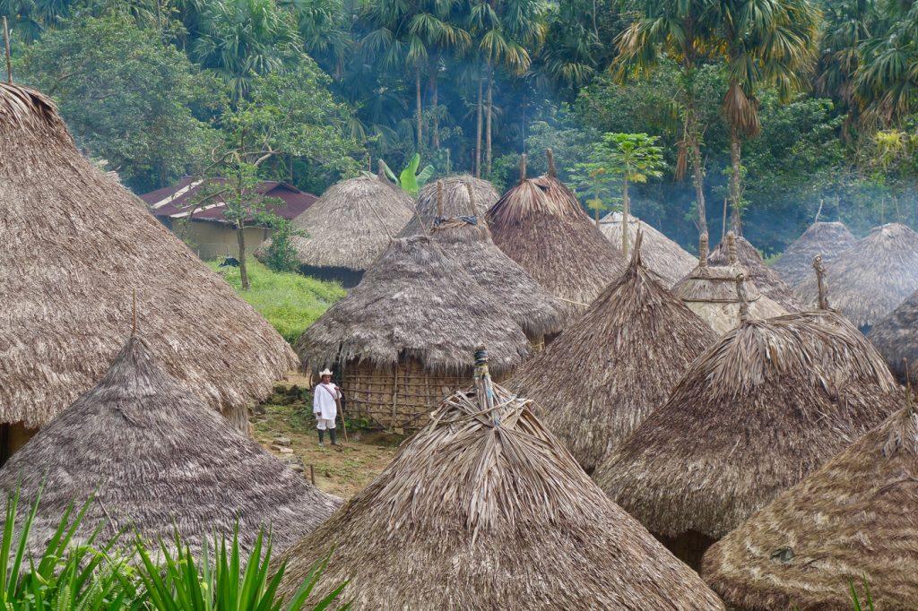 Een indianendorp die je tegenkomt tijdens de Lost City trekking in Colombia