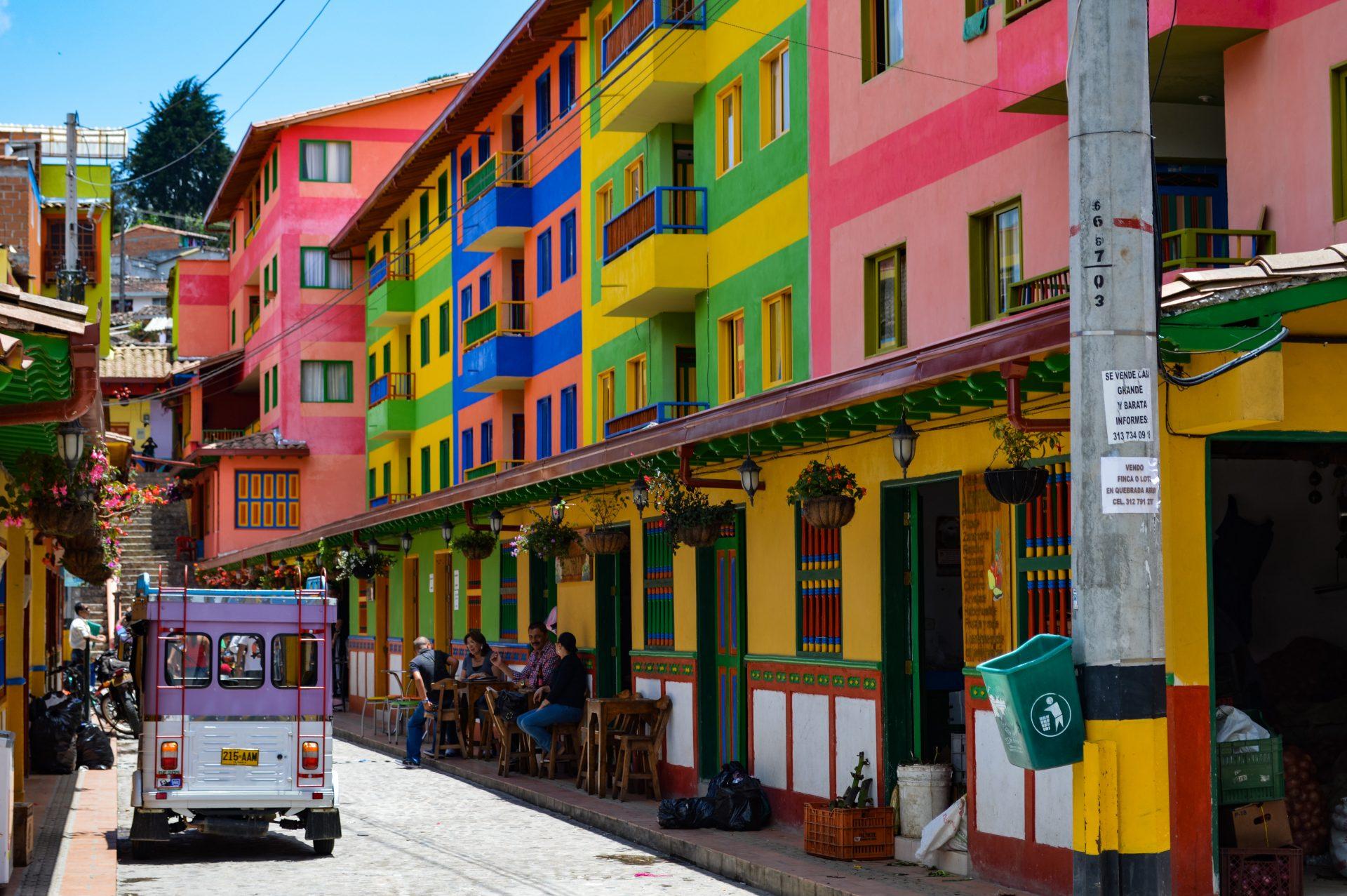 Hier lees je alles wat je moet weten over backpacken in Colombia!