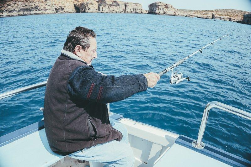 Gooi een lekker visje uit tijdens je vakantie op Gozo.