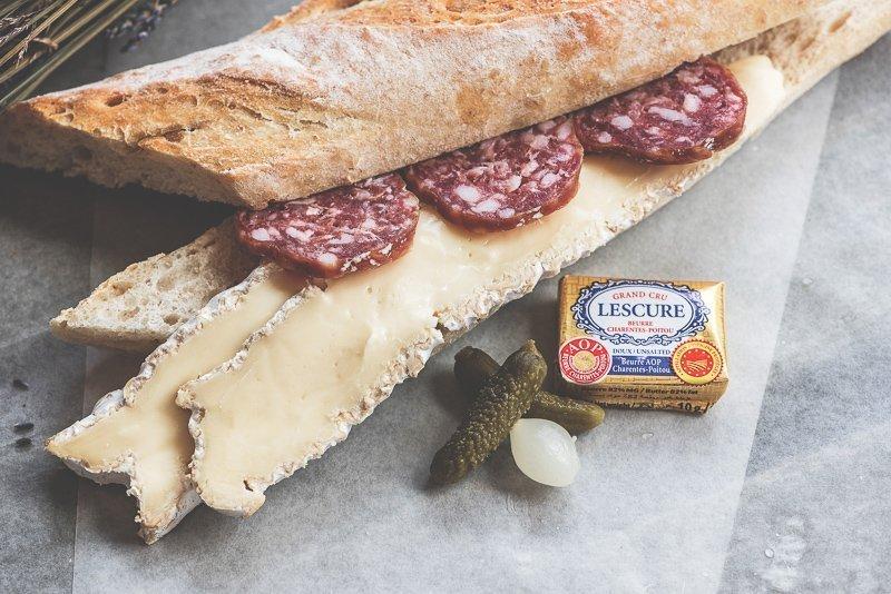 In Castellane kun je heerlijk eten, zoals stokbrood, biologische producten, maar het staat ook zeker bekend om de lamskoteletjes.