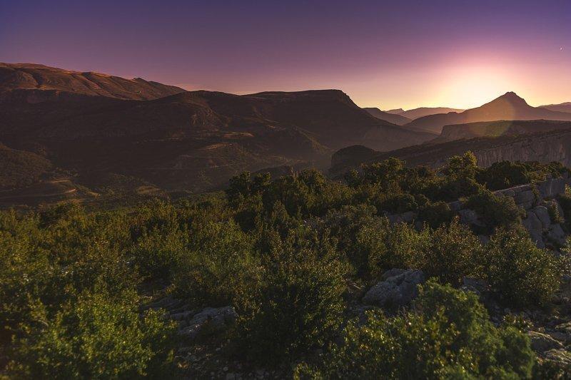 In de avond heb je een prachtige zonsondergang bij Gorges du Verdon!