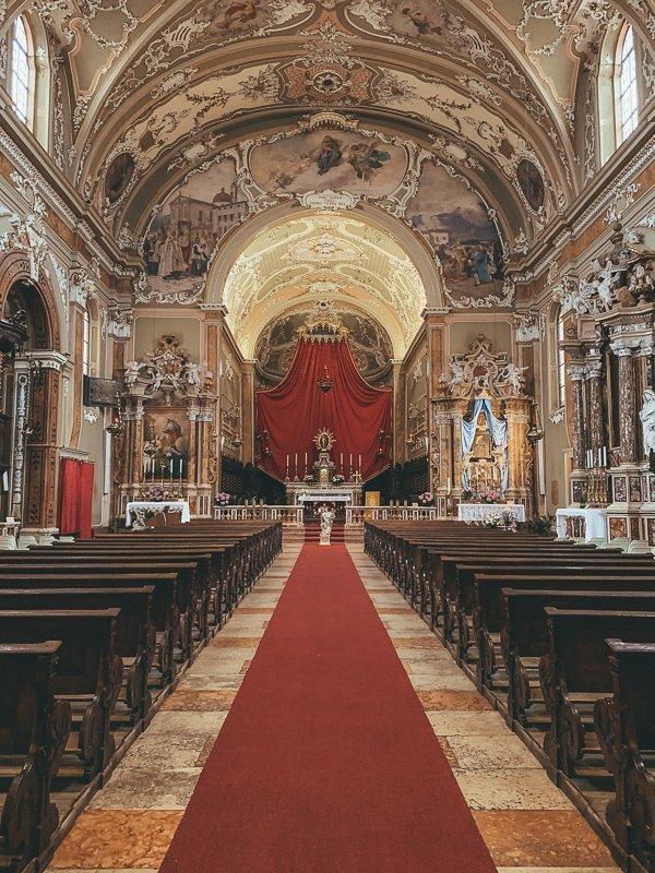 In deze kerk in Rovereto speelde Mozart zijn allereerste Italiaanse concert.