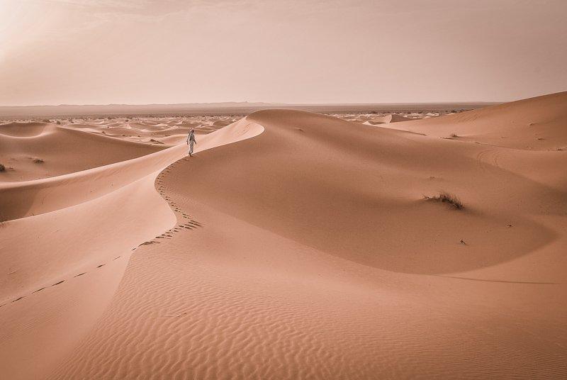 In Marokko vind je ook zeker de woestijn, een van de redenen waarom je dit land op je bucketlist moet zetten.