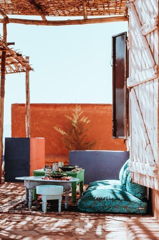 Op een dakterras kun je heerlijk relaxen.
