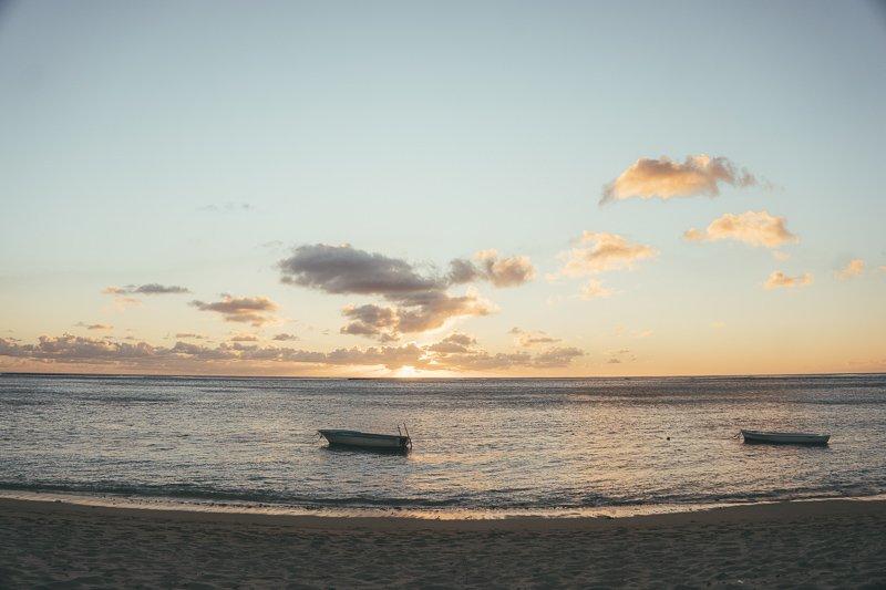 De zonsondergangen op Mauritius eiland zijn fenomenaal.