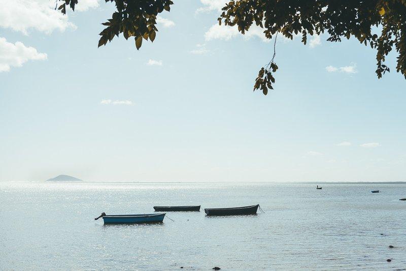 Bootjes aan de kust.