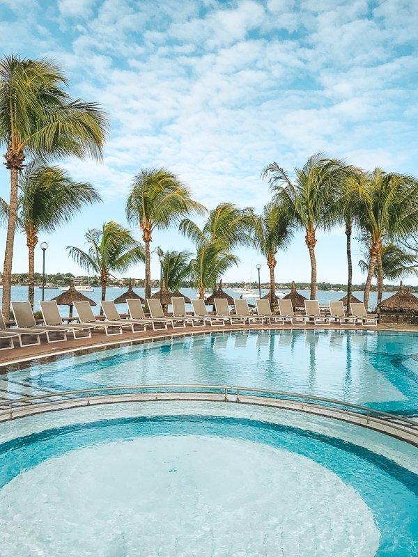 Dit resort in Grand Baie mag je absoluut niet overslaan.