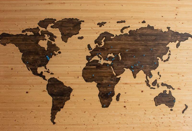 Haal het vakantiegevoel in huis dankzij een wereldkaart.