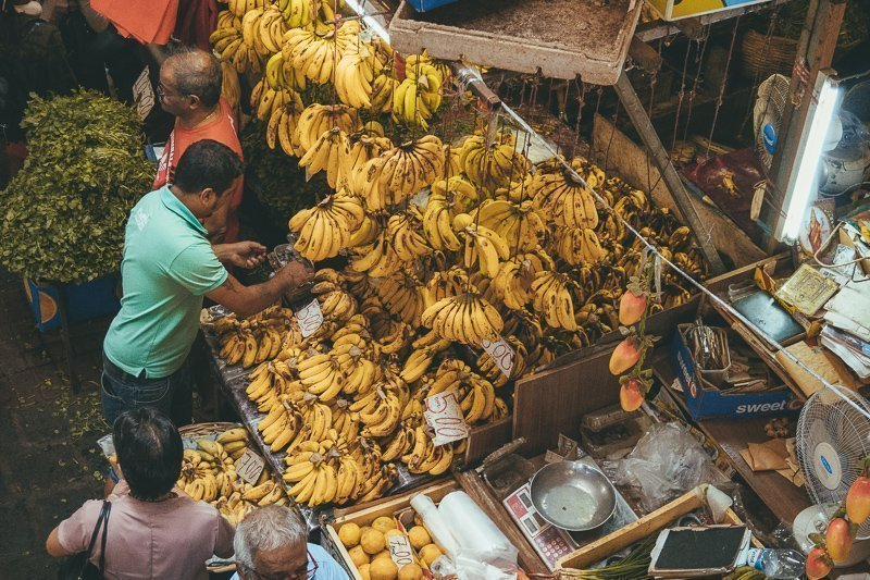 Een van de leukste bezienswaardigheden van Mauritius: de grote markt in de hoofdstad.