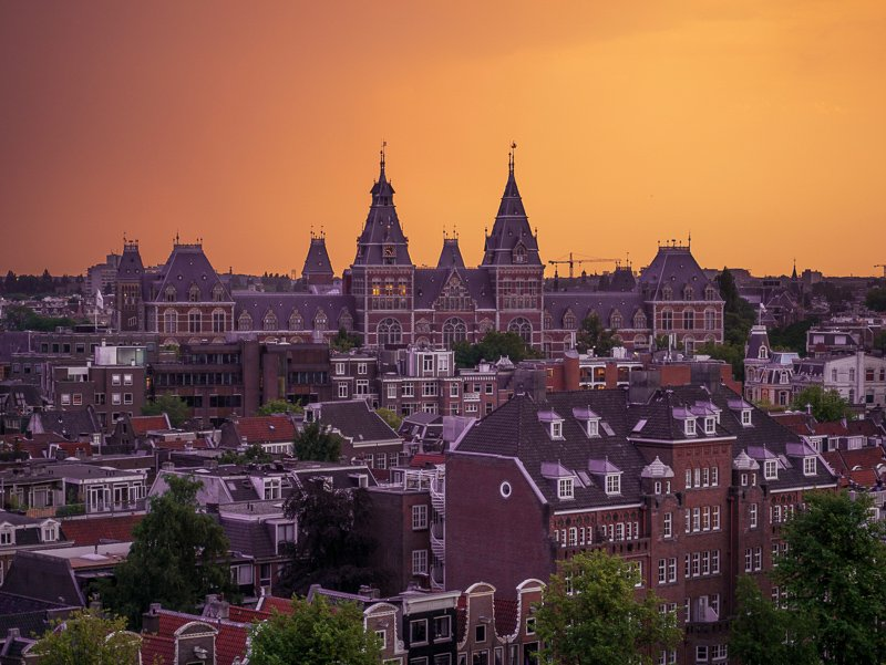 Sunsets and rooftops, a perfect combination during 2 days in Amsterdam