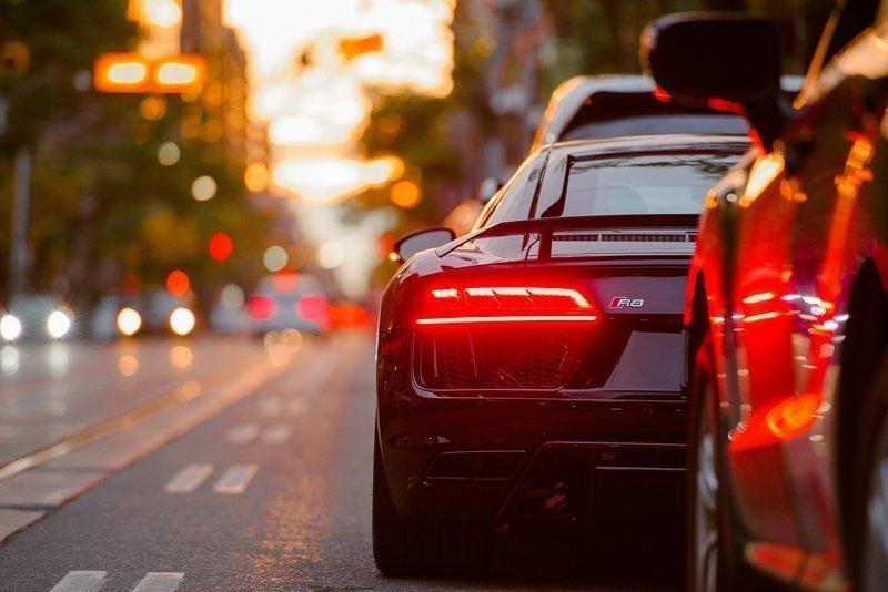 Ga je een auto reserveren voor een leuke roadtrip? Kijk dan of de bagagevakken groot genoeg zijn.