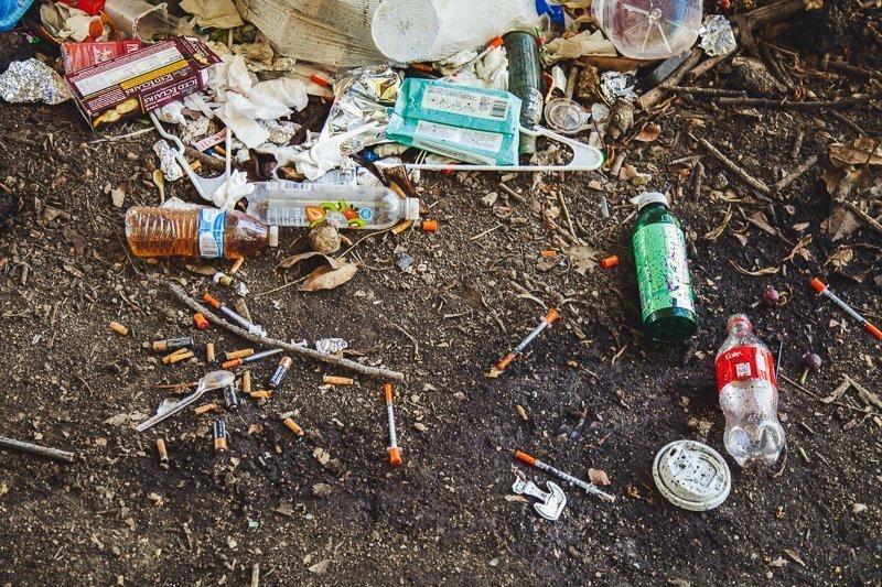Wat je vooral NIET moet doen op reis: het gebruiken van drugs. Het allerdomste wat je kunt doen!