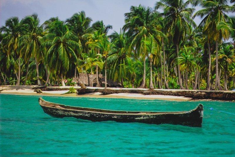 Een van de mooiste plekken in de wereld is ongetwijfeld de San Blas Eilanden tussen Panama en Colombia.