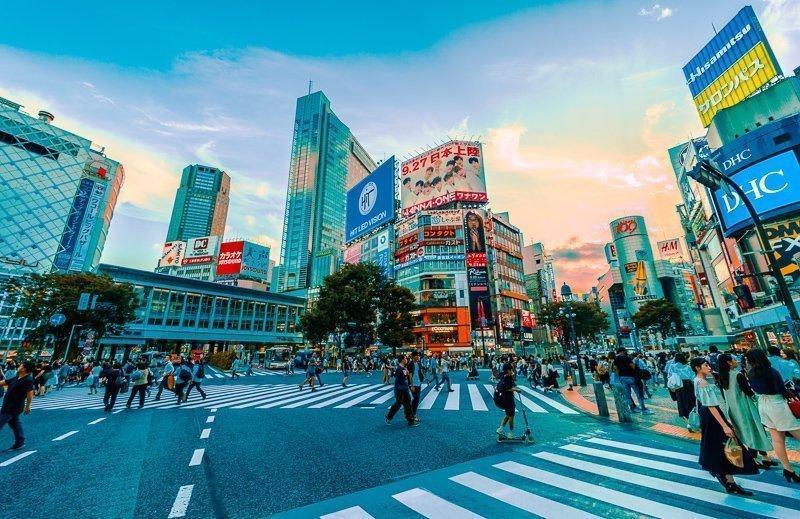 Een van de belangrijkste Tokyo bezienswaardigheden is ongetwijfeld de Shibuya Crossing.
