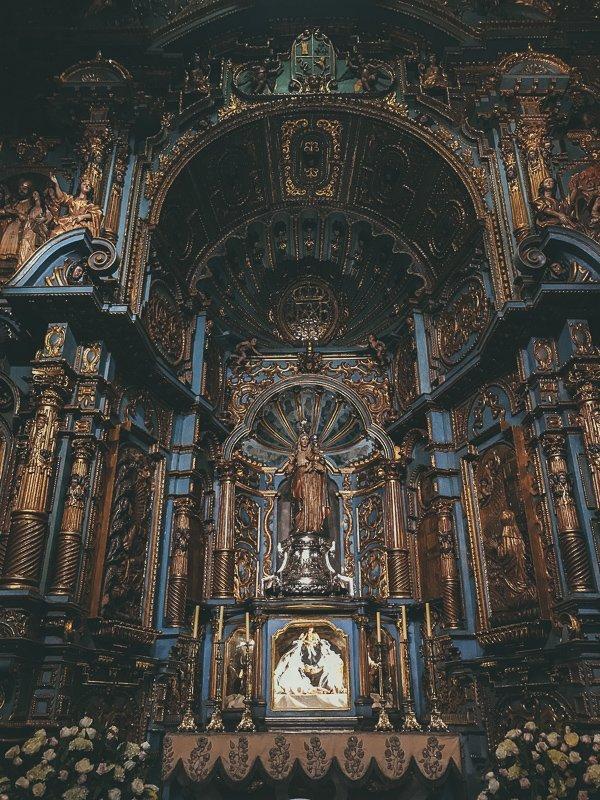 Veel details in de kathedraal van Lima.