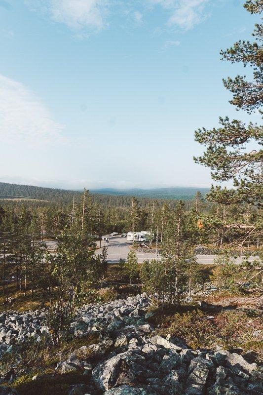 Voor Fins Lapland in de zomer raad ik minimaal 3 nachten aan.