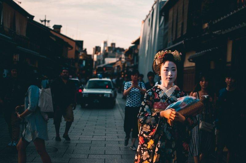 Met veel geluk spot je misschien wel een geisha in Gion.