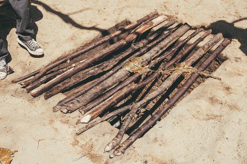 Koken onder de grond in Peru.