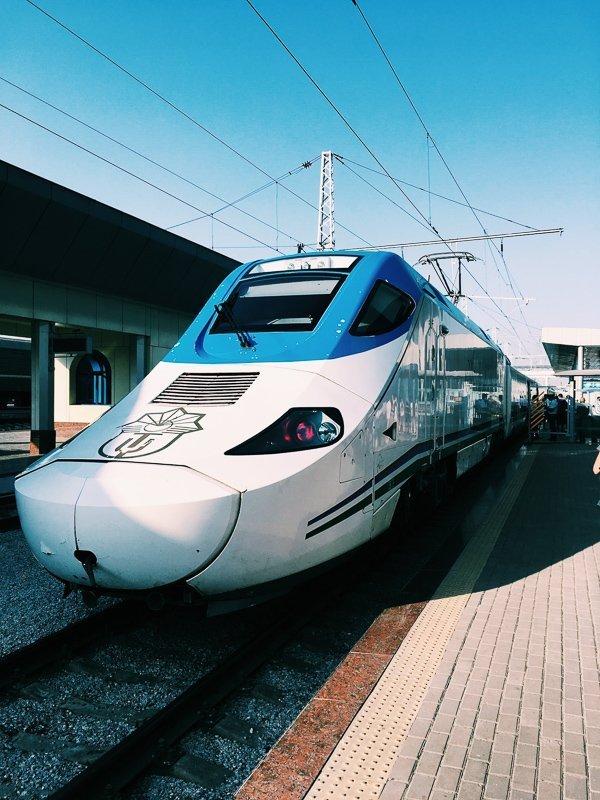 Schaf een Japan Rail Pass aan voor veel korting op de trein in Japan