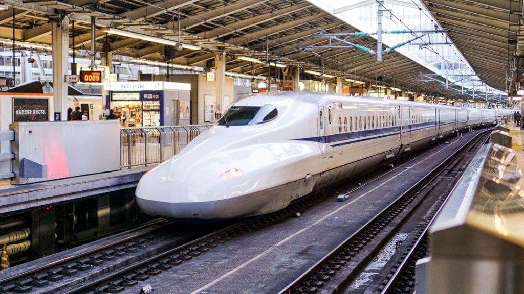 De hogesnelheidstrein is typerend voor Japan.