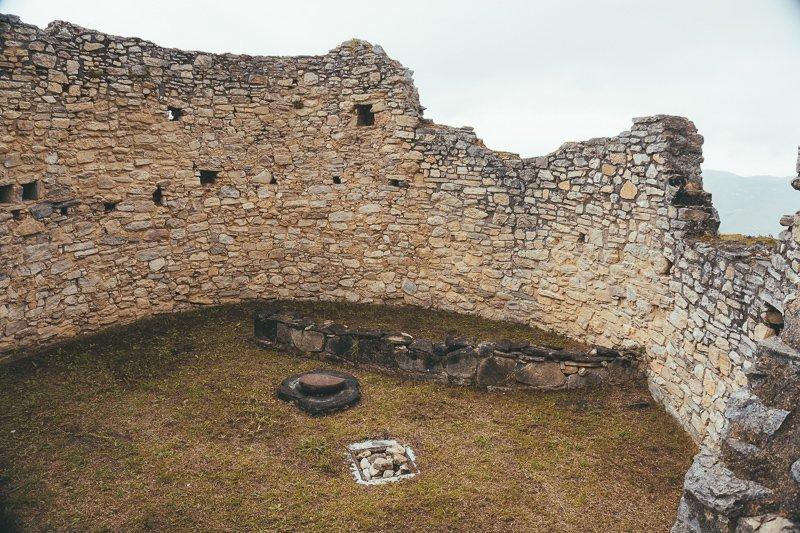 In Kuélap bekijk je bouwwerken uit de zesde eeuw.