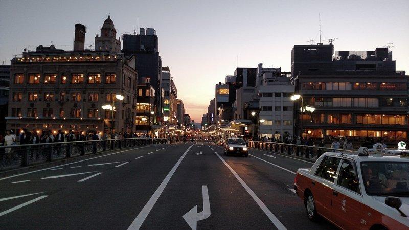 Maak een roadtrip door Japan.