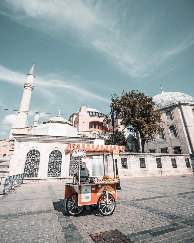 Probeer zeker gepofte kastanjes tijdens je dagen in Istanbul!