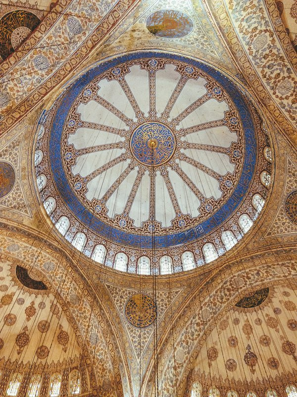 De Blauwe Moskee is een bezienswaardigheid in Istanbul die je niet gemist mag hebben!