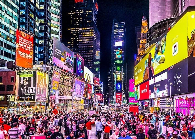 De gekte op Times Square, niet te missen tijdens een weekje in New York.