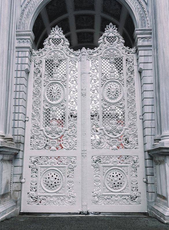 Dit paleis in Istanbul is fantastisch mooi.