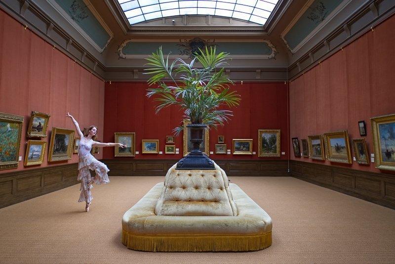 Bezoek het Teylers museum als je houdt van kunst en wetenschap.