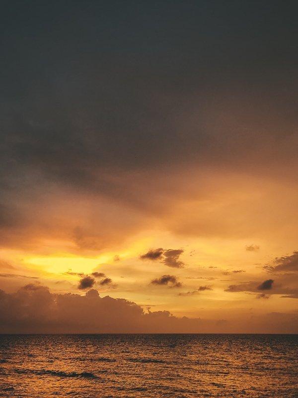 Zonsondergang vanaf Cafe del Mar