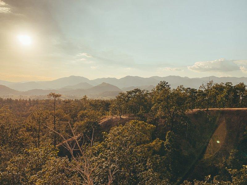 Vanaf de Pai Canyon bekijk je een prachtige zonsondergang!