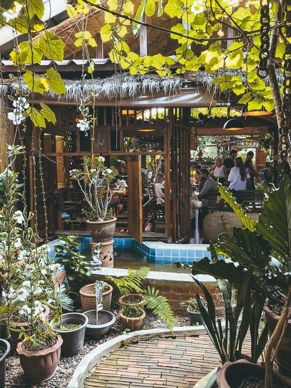 Het Om Garden Cafe in Pai.