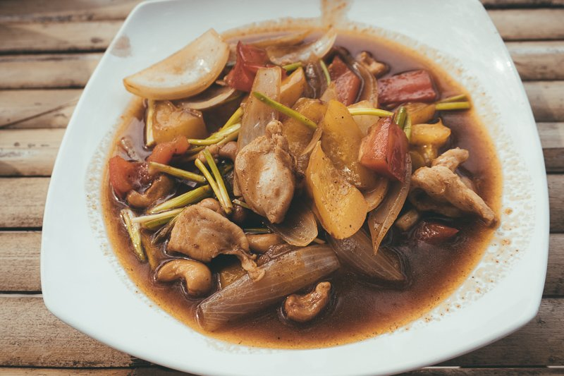 Ga naar Thong Sala toe om lekker te eten op de avondmarkt!