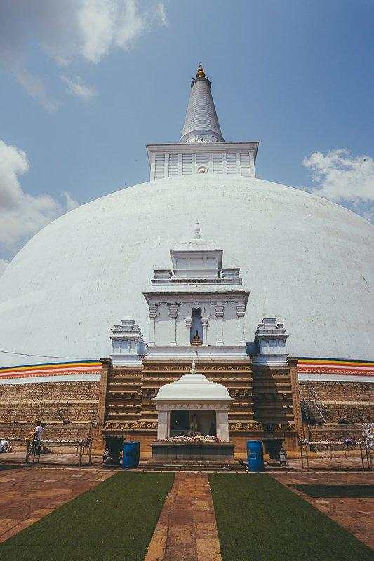 De stoepa's van Anuradhapura