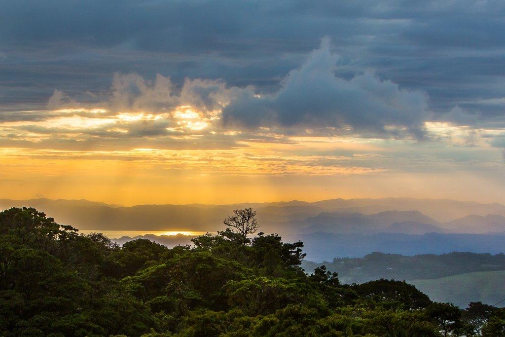 Zonsondergang in Monteverde Costa Rica
