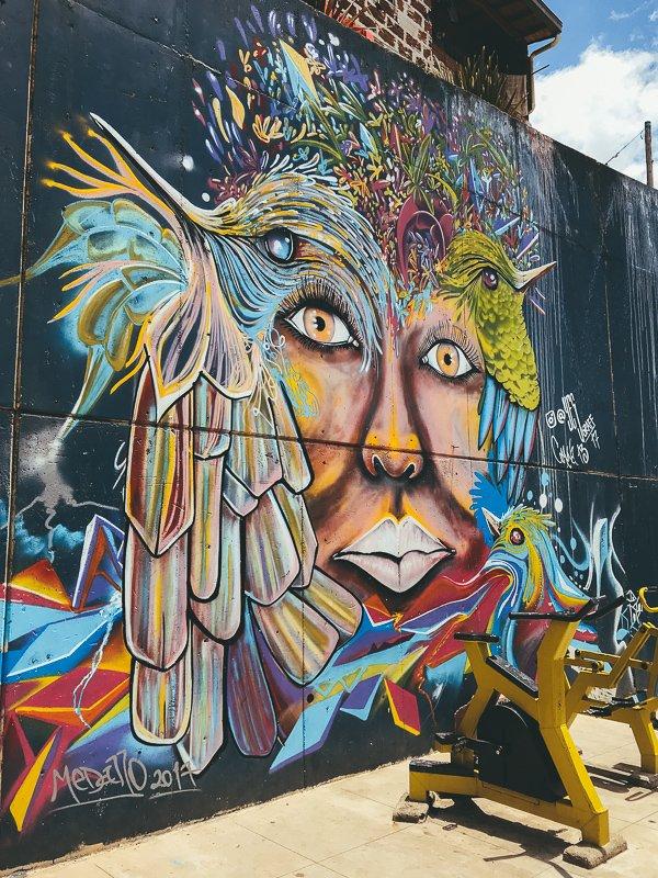 Een tour door Comuna 13 is een grote aanrader.