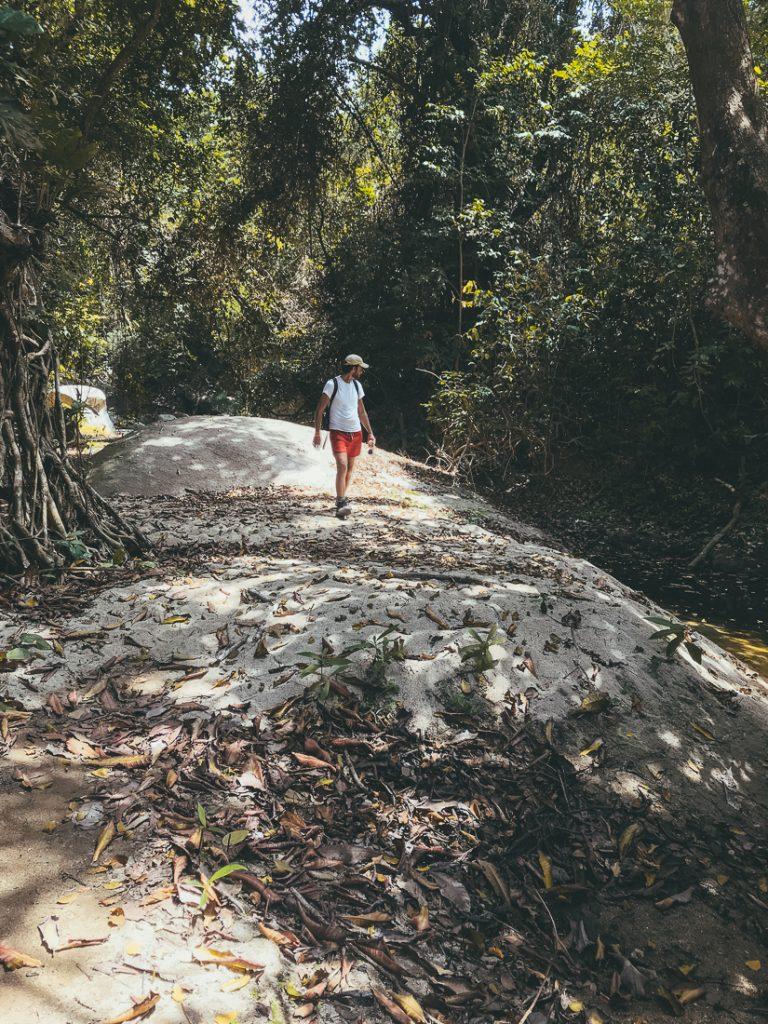 De weg van Cabo San Juan naar Pueblito.