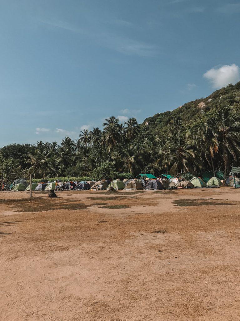 De tenten bij Cabo San Juan.