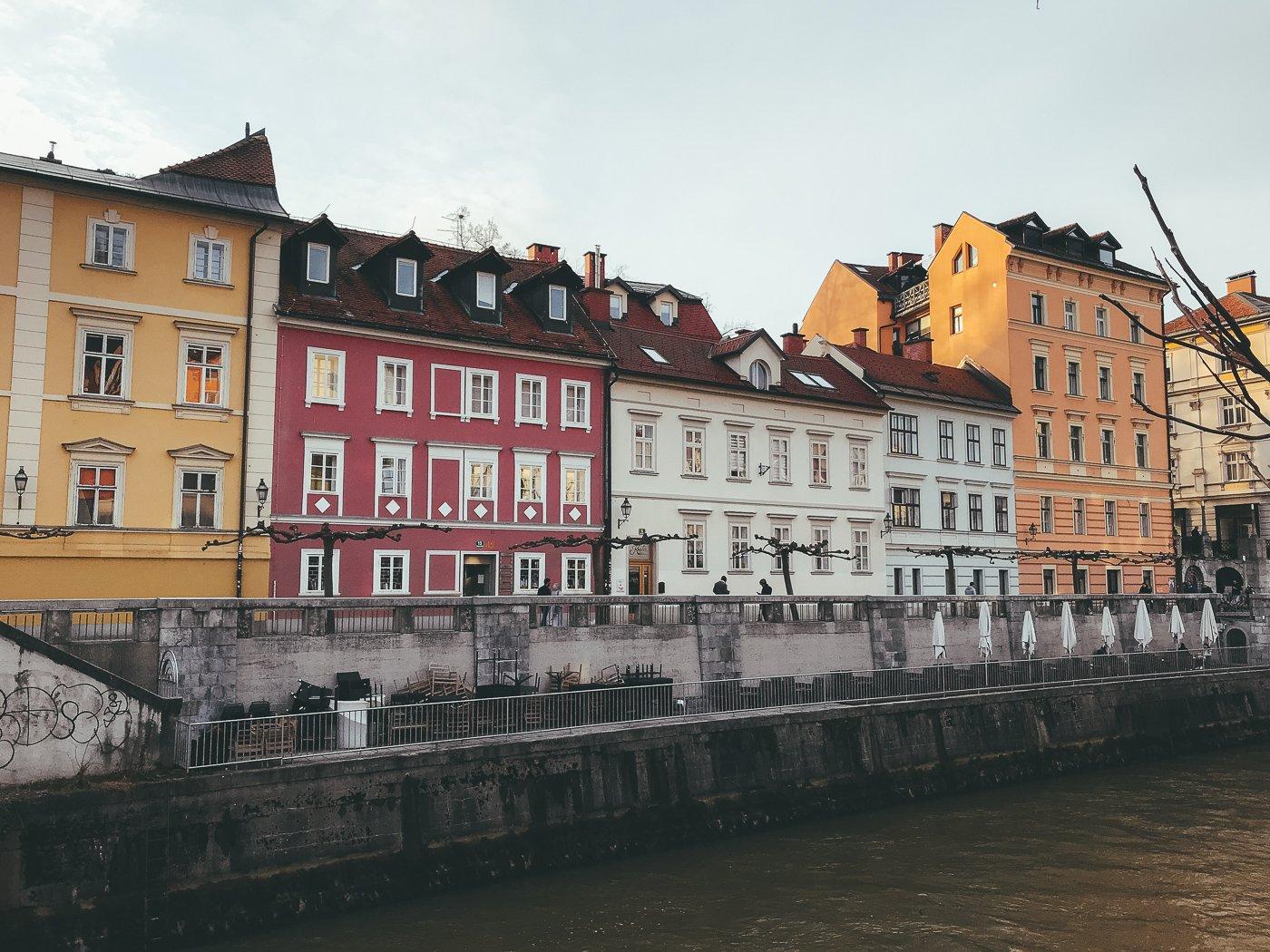 Hier vind je alle tips en bezienswaardigheden voor een stedentrip Ljubljana in Slovenië!