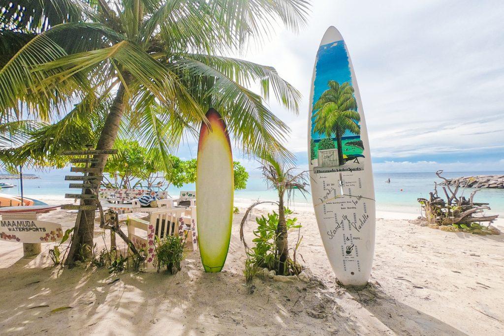 Het eiland Maafushi op de Malediven