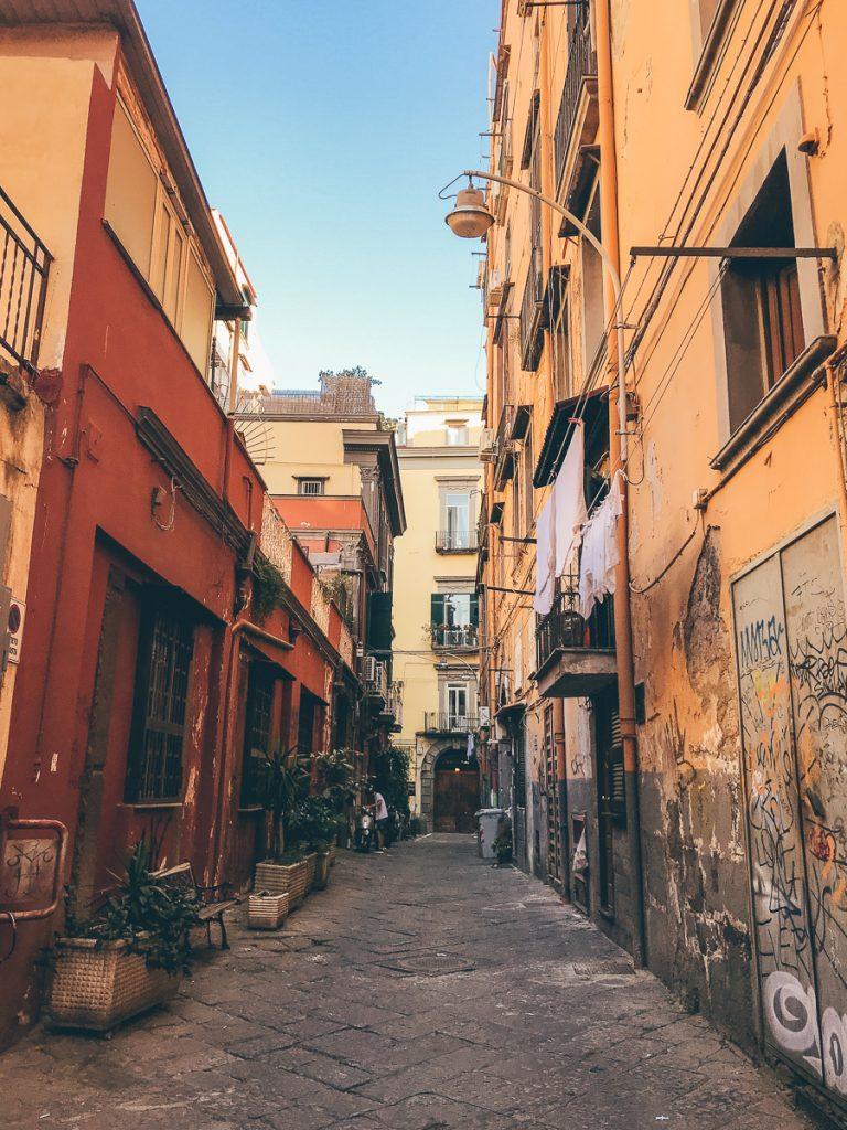De mooie straten van Napels