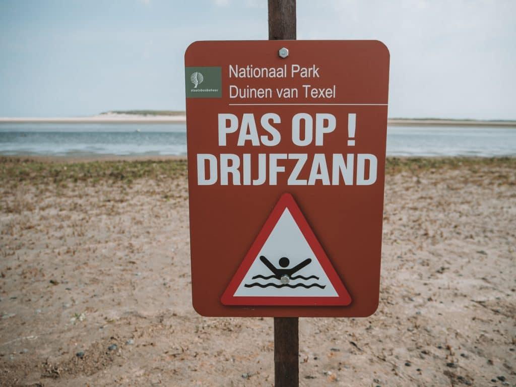 Drijfzand bord op Texel