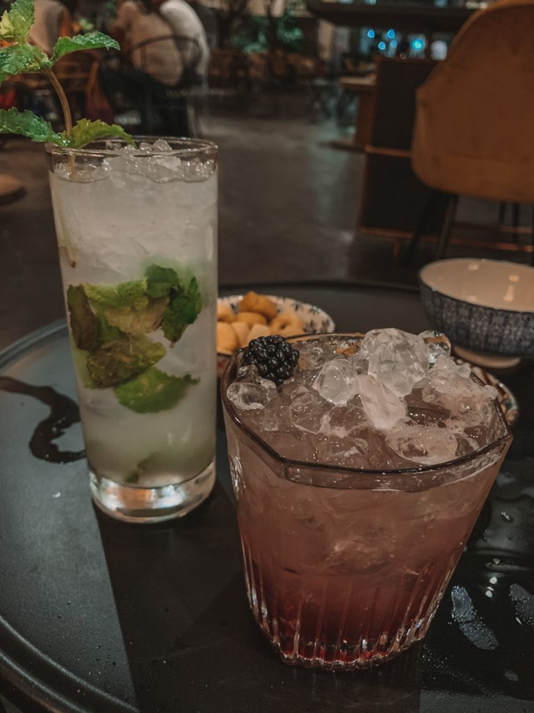 Cocktails bij Barrio Botanico