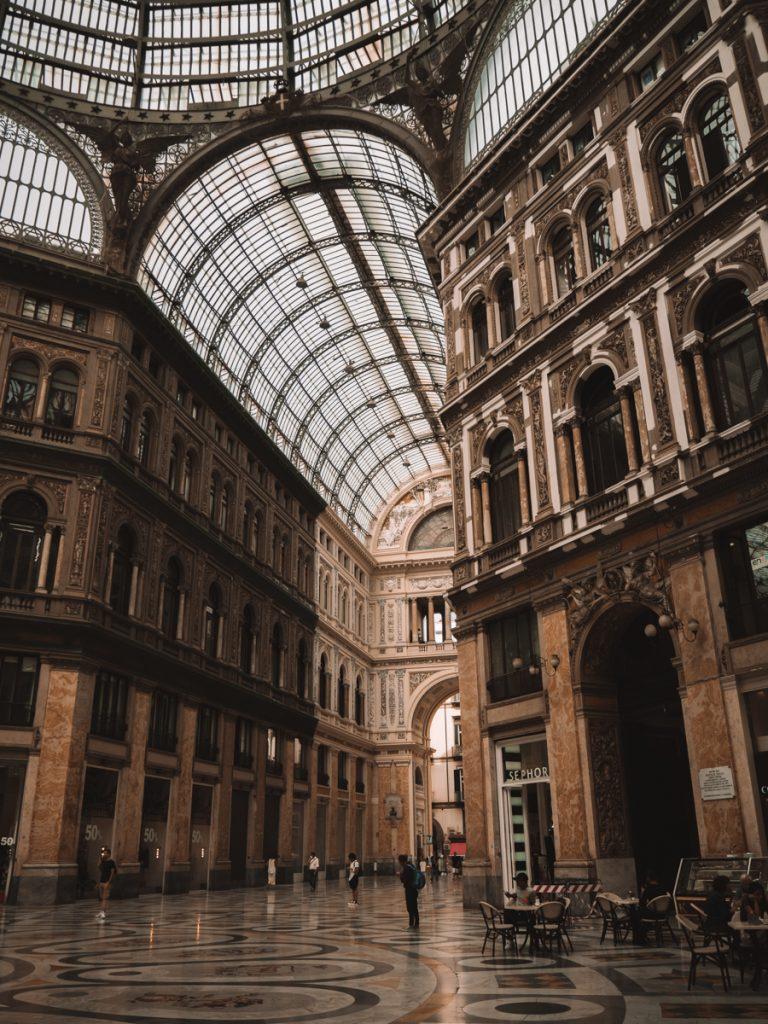 Galleria Umberto in Napels centrum