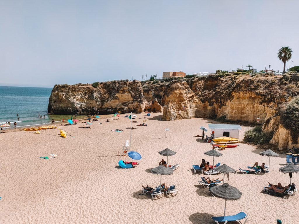Praia da Batata is een van de mooiste stranden in de hele Algarve